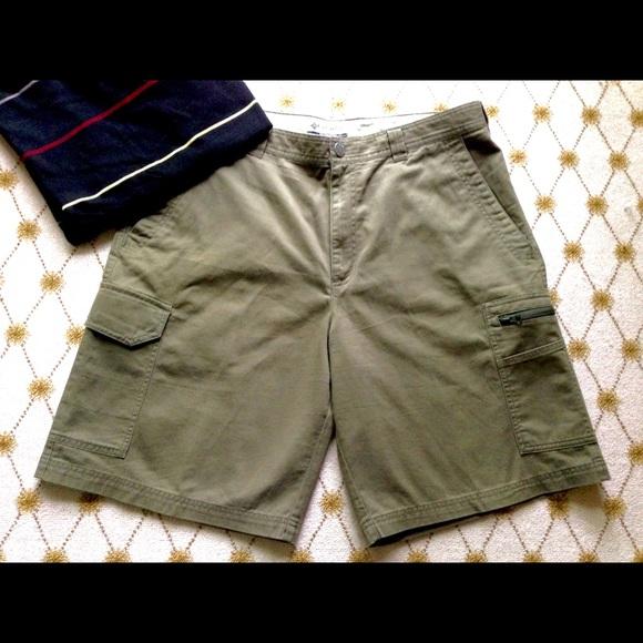 COLUMBIA Omni Shield Khaki Beige Men/'s Flat Front Canvas Cargo Shorts Size 40